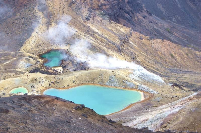 The Most Beautiful One-day Hike In NZ - Tongariro Alpine Crossing