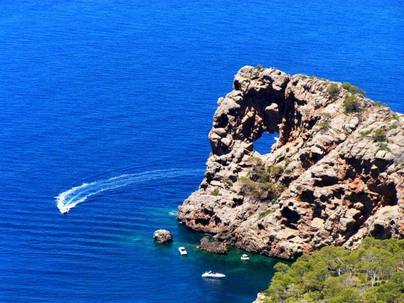 The Top 5 Spanish Islands Waiting To Be Explored By You!