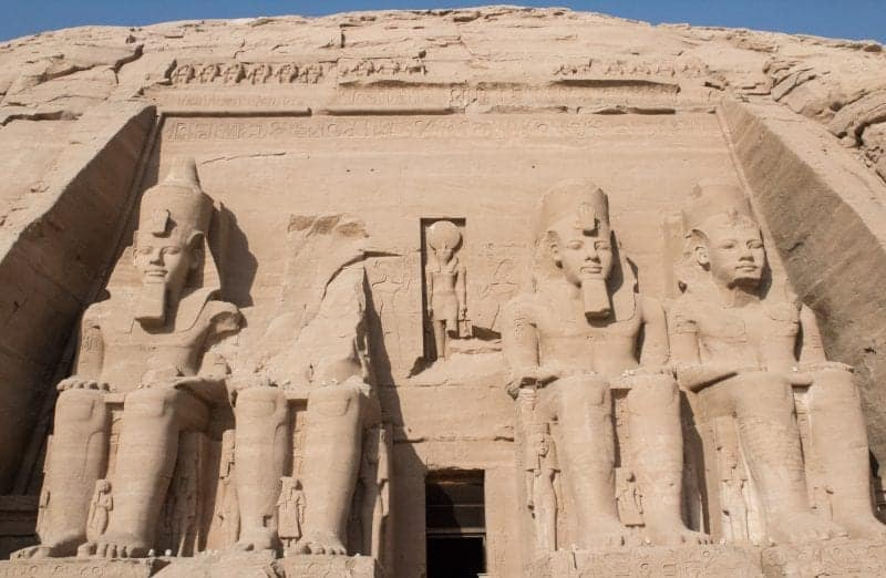 The entrance to abu simbel with the 4 massive sculptures of ancient Egyptians