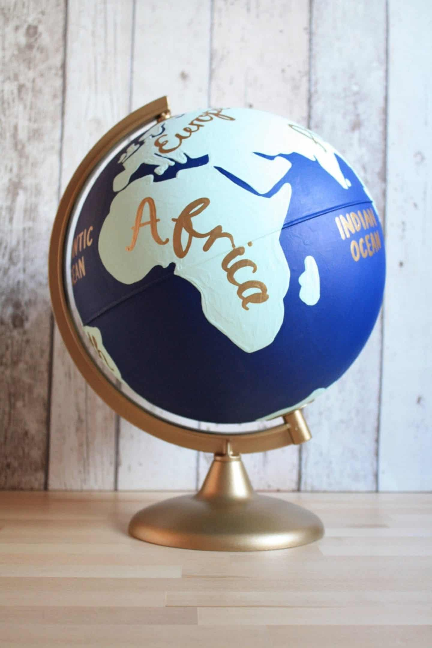 8 Etsy Travel Gifts For Travellers