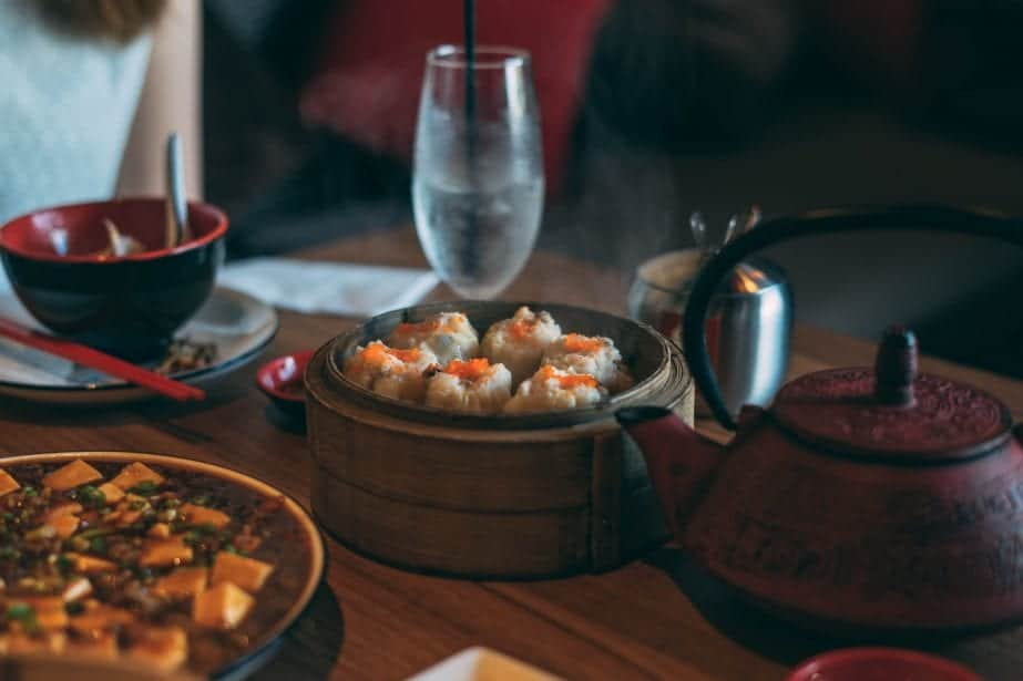 Hong Kong's Restaurants - From Street Food Galore to High Dining